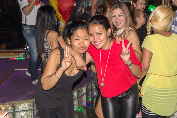 Thai-Party im Berliner Butterfly 2014